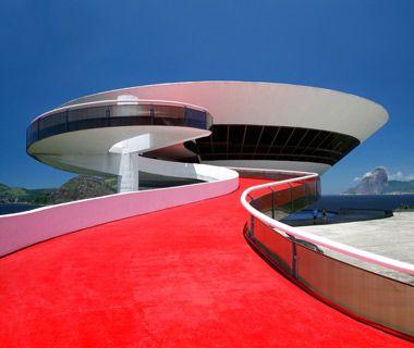 Oscar Niemeyer (1907-2012) MAC Rio de Janeiro, BRÉSIL