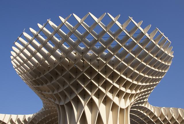 Metropol Parasol – Architecte  Jürgen Hermann Mayer – Structure en Bois (2005-2011) Séville Espagne